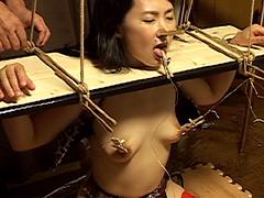 【エロ動画】崩壊之宴のエロ画像