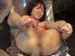 【エロ動画】無残浣腸譚 3人M女糞出調教のエロ画像
