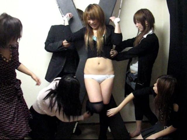 渋谷ギャル限定! 素人くすぐり我慢コンテスト の画像16