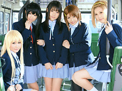 【エロ動画】痴漢バス 軽音部!のエロ画像