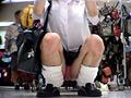 ローアングル制服美少女75-530