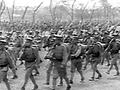 】前線へ赴く兵士たちに、敵国である日本とはどういう