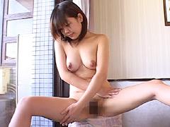 【エロ動画】裸のママのエロ画像