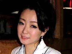 【エロ動画】妖艶 和泉紫乃 42歳 いやらしい女の妖しい魅力のエロ画像