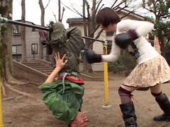 タマ潰し女ボクサー