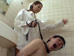 男を苛める虐待家事 水責め窒息!!&ジャンプ顔騎