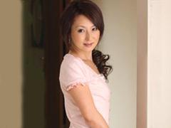 【エロ動画】友人の母親 芹沢恋の人妻・熟女エロ画像