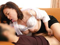 ご両親不在のベロチュウ家庭訪問 佐倉由美子