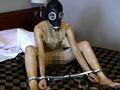 ラバーとマスクに拘ったラバー呼吸制御映像第1弾!!ゼンタイでオナニーをしている女性のゼンタイを剥ぐと、そこには呼吸制御のマスクを被りラバースーツに包まれた女性が…。呼吸制御のラバーマスクを被り、苦しくも悶え喘ぐ女性の表情をご堪能下さい。