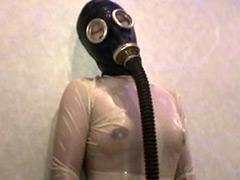 【エロ動画】布団圧縮袋&ガスマスク呼吸制御 その1 - 極上SM動画エロス