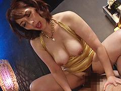 【エロ動画】ボディコン熟女たちが愛液滴るおばさんマ○コで浮気SEX3のエロ画像