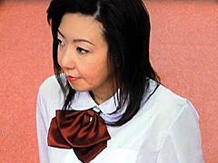 【エロ動画】奥様は女子校生 峰岸倫子のエロ画像