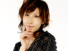 Age37 白咲蓮 バツイチ 現役美容師
