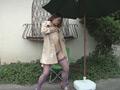野外痴熟女 子宮口オナニーのサンプル画像05