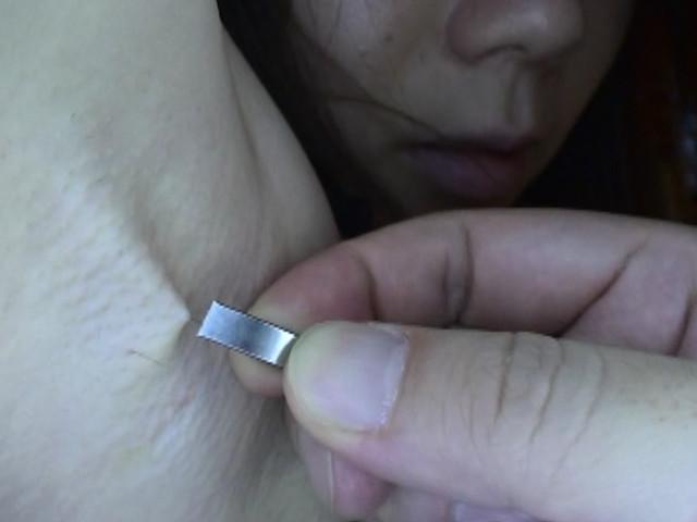 素人女性のワキ 100人8時間 画像 2