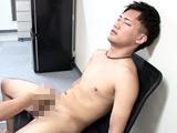 SMプレイ好きなノンケ「とうり」男に責められてイク!!