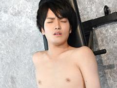 18歳!!ノンケサッカー少年の初撮りオナニー!!