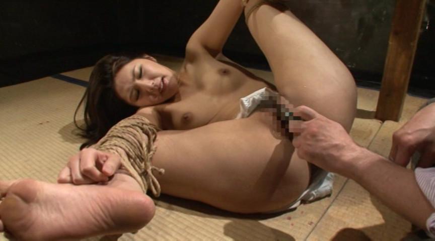 『聖女牝儀式 小口田桂子』サンプル画像 0005
