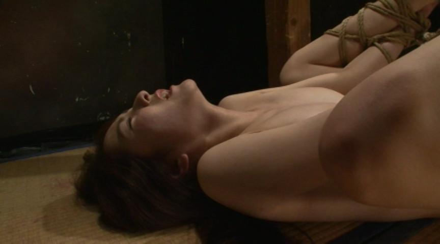 『聖女牝儀式2 島崎麻友』サンプル画像 0003