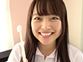 宮沢ちはるチャンの歯磨き&唾飲ませ&乳首舐め手コキのサムネイルエロ画像No.1