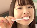 宮沢ちはるチャンの歯磨き&唾飲ませ&乳首舐め手コキのサムネイルエロ画像No.8