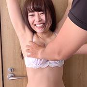 激カワ女優 宮沢ちはるチャンの下着拘束くすぐり!!!