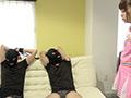 あべみかこチャンのチアガールでM男二人を拘束くすぐりのサムネイルエロ画像No.1