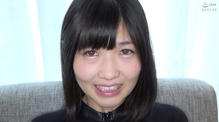 人気女優 須崎美羽チャンの開口器で歯観察&M男顔舐め鼻フェラプレイ! 1枚目