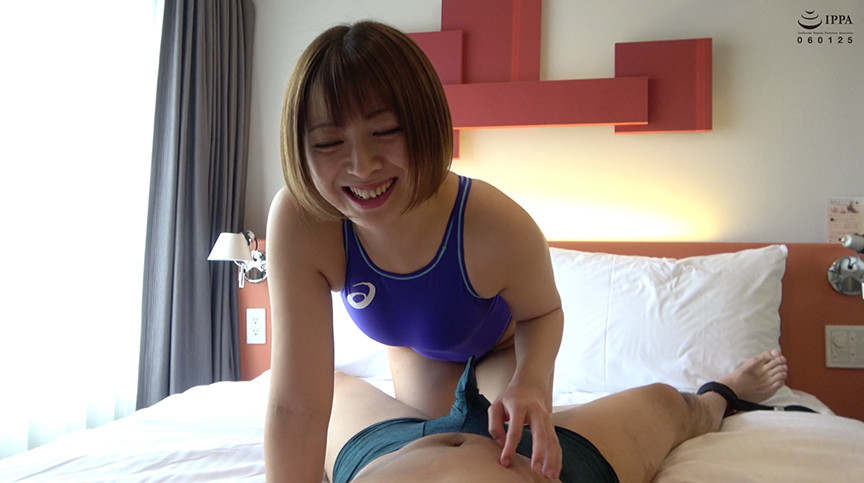 大人気女優 優木なおチャンのM男くすぐり&手コキプレイ 画像 2