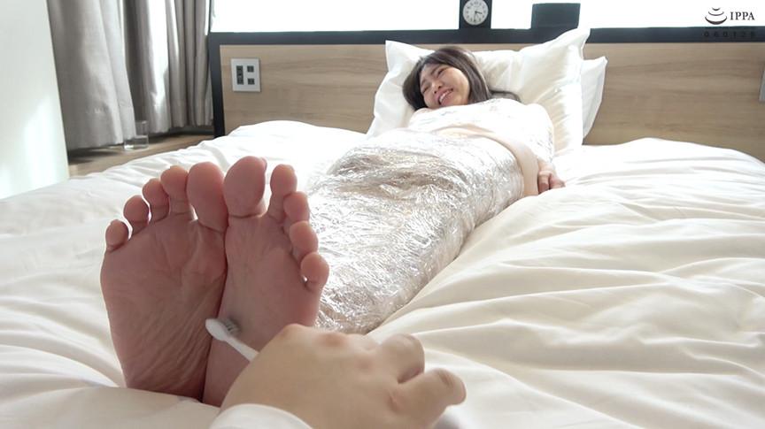 IdolLAB | adoa-0557 人気AV女優 星あめりチャンの拘束足裏くすぐりプレイ!