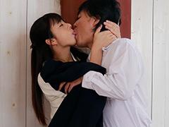 中途採用初日にキス魔に遭遇 超接近見つめ合い接吻痴女