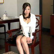 流出したオナニー映像をネタに性奴隷に躾けられた奥さん