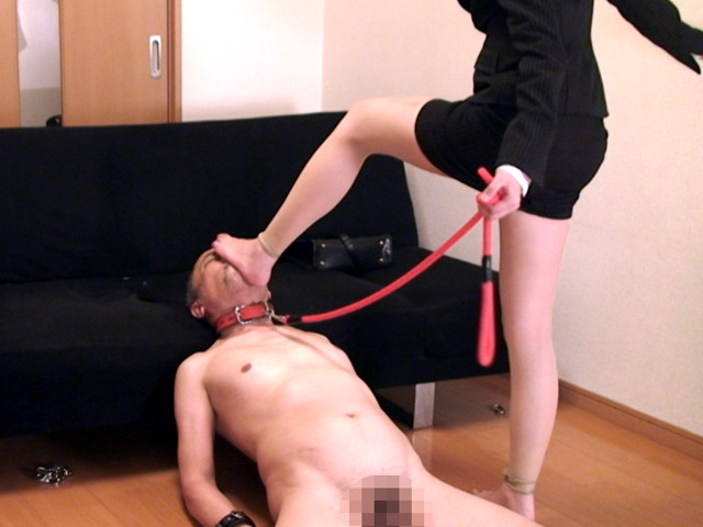 M男チ○ポを発情させる就活女子のムレムレ生足生尻圧迫責め の画像12