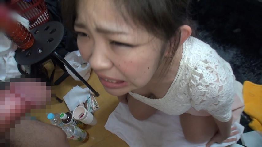 新人AV女優 水野優奈を2日間かけて自宅で飲尿、浴尿調教。生チ○ポをおま○こに挿入したまま、たっぷりと膣内放尿をしました! 13枚目