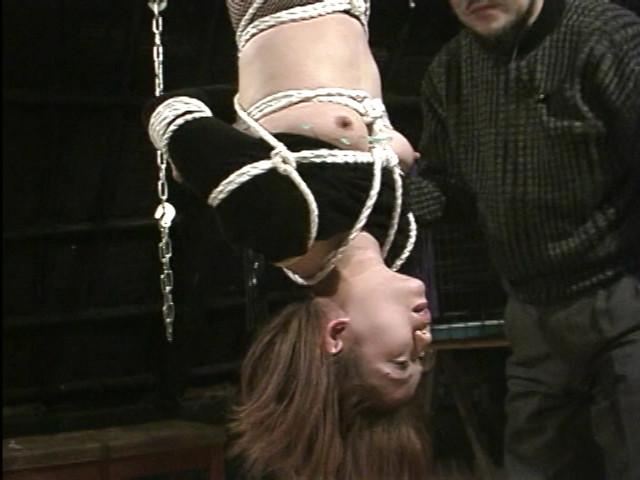 美熟女調教ドライブ 蜘蛛の巣拘束責め 画像 12
