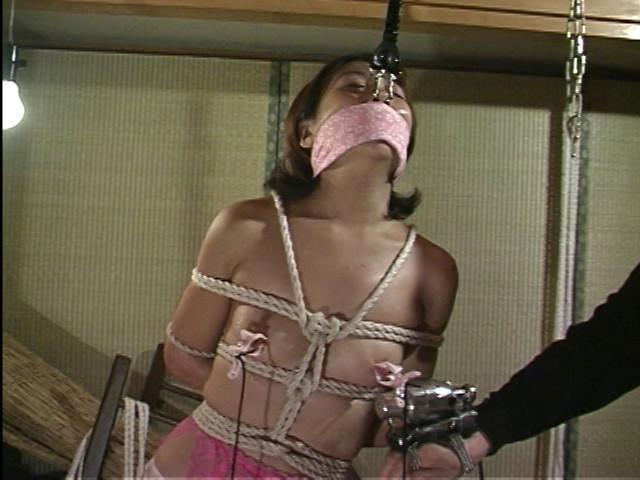 変態産婦人科 アクメ電動ハンド治療 画像 13