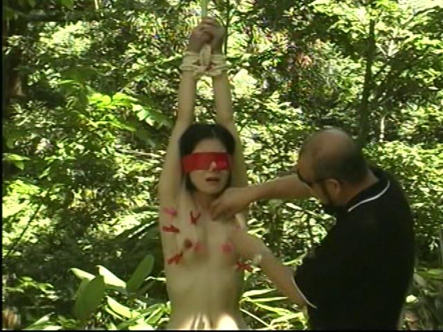緊縛人間花火 M奴隷スパンキング調教のサンプル画像