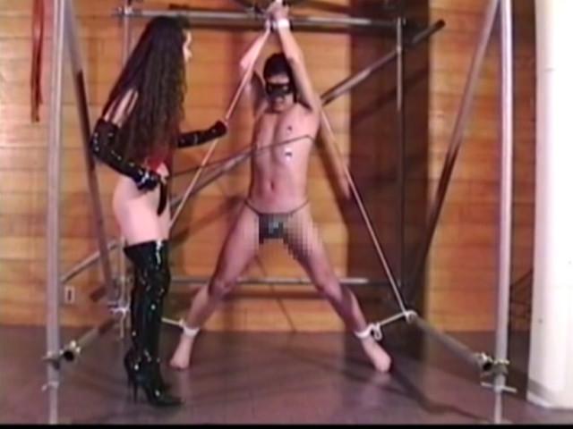 二人の女王様 マゾ奴隷調教飼育 画像 3