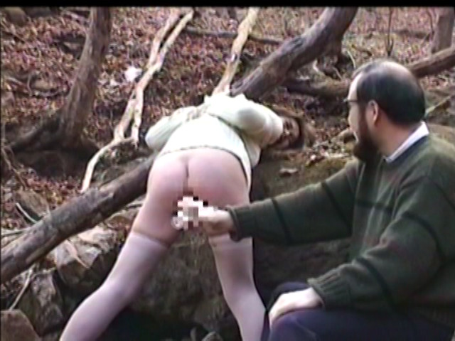人妻奴隷 阿鼻叫喚・鉄塔逆さ吊りの刑 画像 5