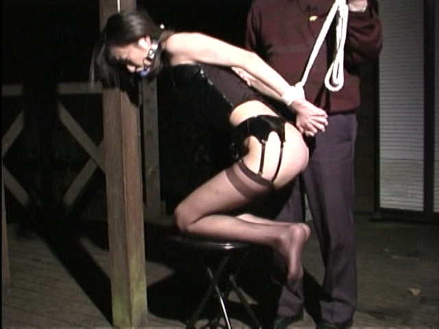 人妻奴隷 阿鼻叫喚・鉄塔逆さ吊りの刑 画像 9