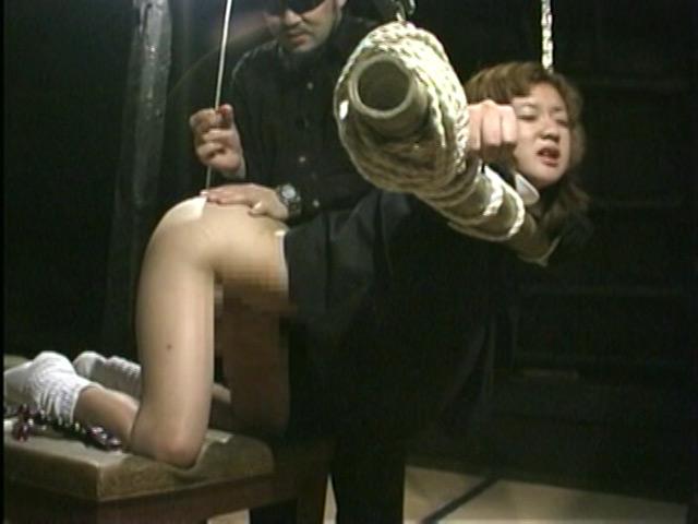 緊縛奴隷女子校生 異常教師の性体罰 画像 3