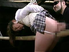 緊縛奴隷女子校生 異常教師の性体罰