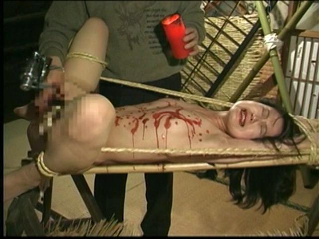 人妻密室監禁 宙吊り鞭責め・失神電流地獄 画像 6