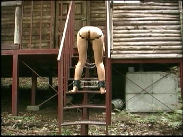 刺青奴隷妻 女体蝋染め鞭打ち針貫通 画像 4