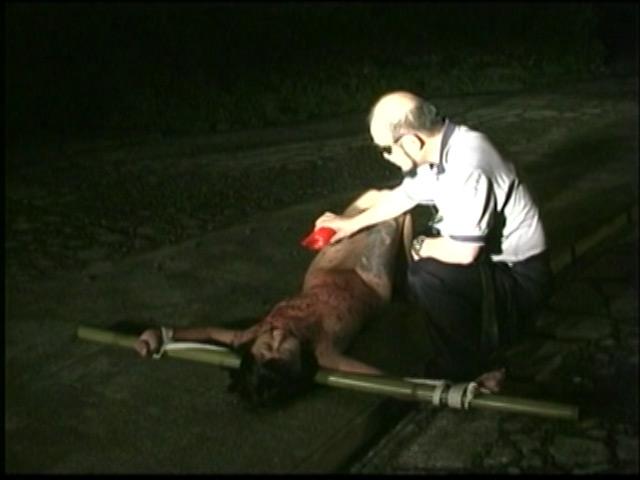 刺青奴隷妻 女体蝋染め鞭打ち針貫通 画像 9
