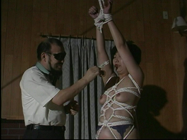 完全会員制M専科人妻被虐四時間 画像 9