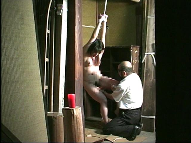 完全会員制M専科人妻被虐四時間 画像 13