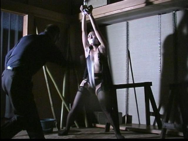 緊縛拘束監禁四時間 鞭縄地獄のサンプル画像7