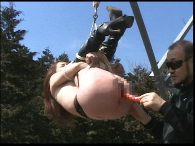 究極マゾ妻肉奴隷 野外雪責め針貫通 画像 10