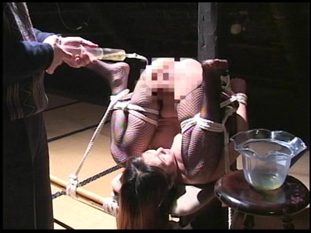 人妻誘拐飼育 M奴隷調教 画像 8